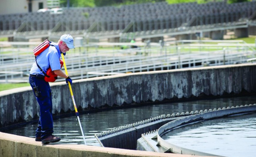 Wondering how to treat sewage; well here is your guide to sewage treatment