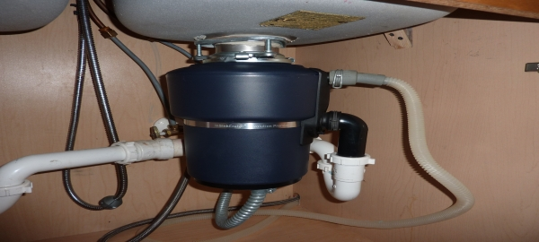 Best tips for selecting a Garbage disposal for your household use